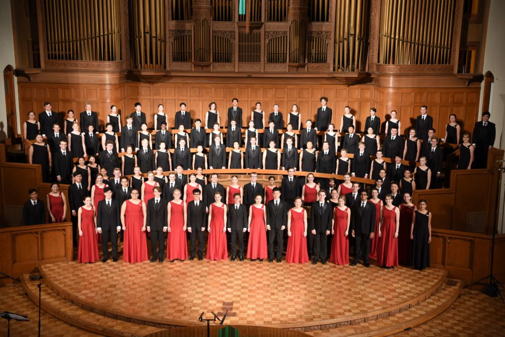 The LCHS Choral Artists sing in France in 2019 on their Europe choir tour