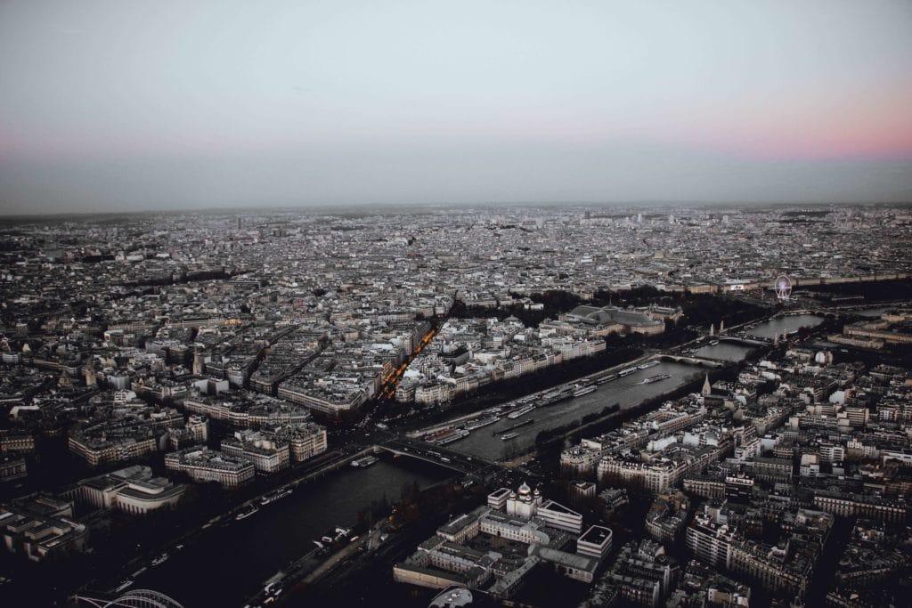 View of the Seine iN Paris – Photo by Lina Silivanova on Unsplash