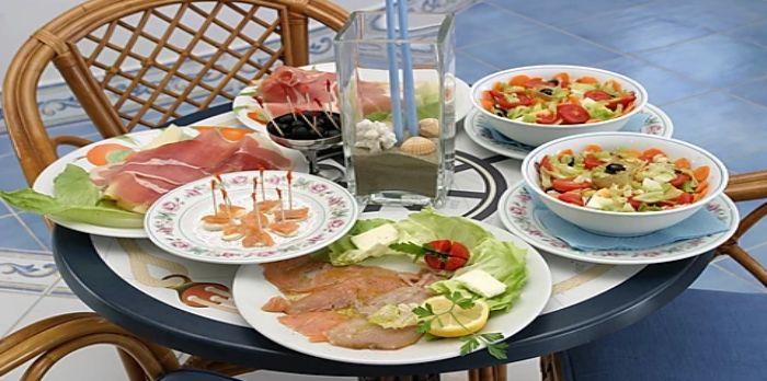 Lunch on rooftop veranda at Hotel Aurora, Sperlonga.